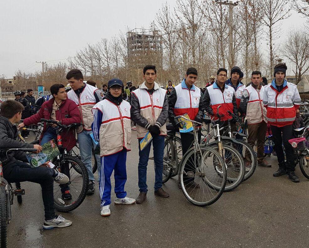 برگزاري همايش دوچرخه سواري به مناسبت روز ملي هواي پاك در شهرستان فلاورجان